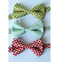 Basic Gingham Bow Tie